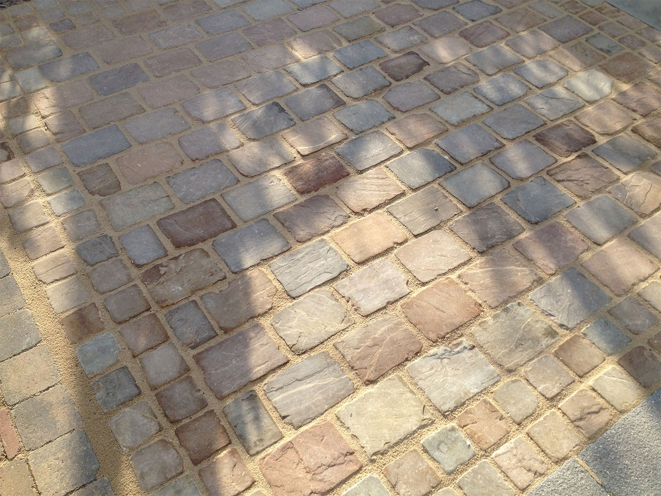Hardstone - Indian Sandstone Cobbles (Setts) - Tumbled Himalayan